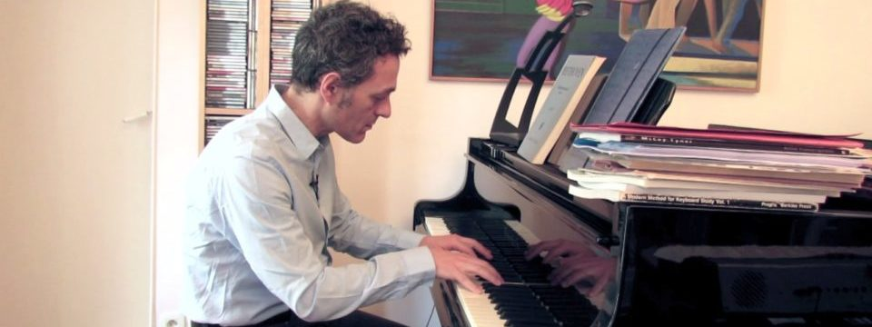 You can now take online live music lessons with Giovanni Ceccarelli